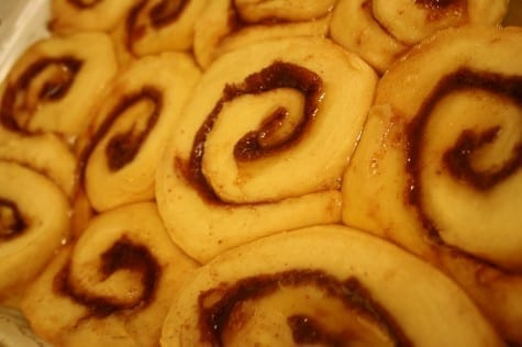 finished cinnamon rolls