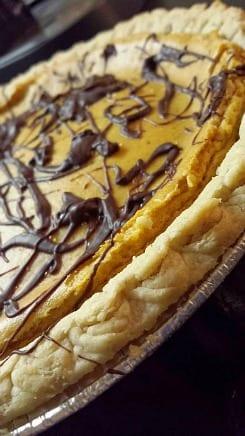 vegan pumpkin cream cheese pie
